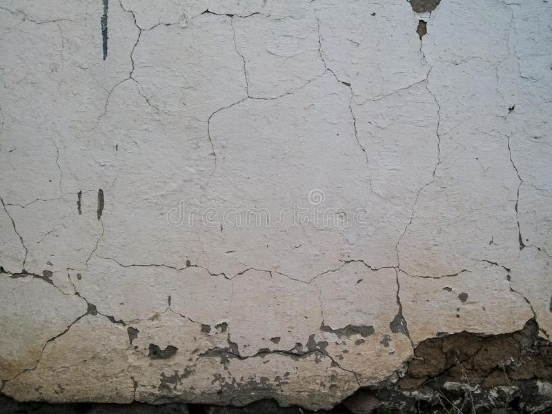 Stara rozpadająca się tekstura biel ściana obraz stock