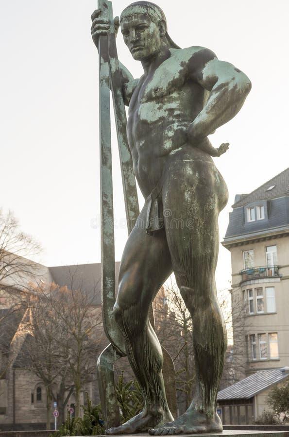 Stara rzeźba pracownik obraz stock