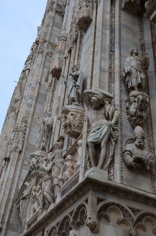Stara rzeźba w Mediolan obrazy stock