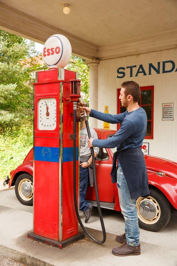 stara stacja benzynowa zdjęcie stock