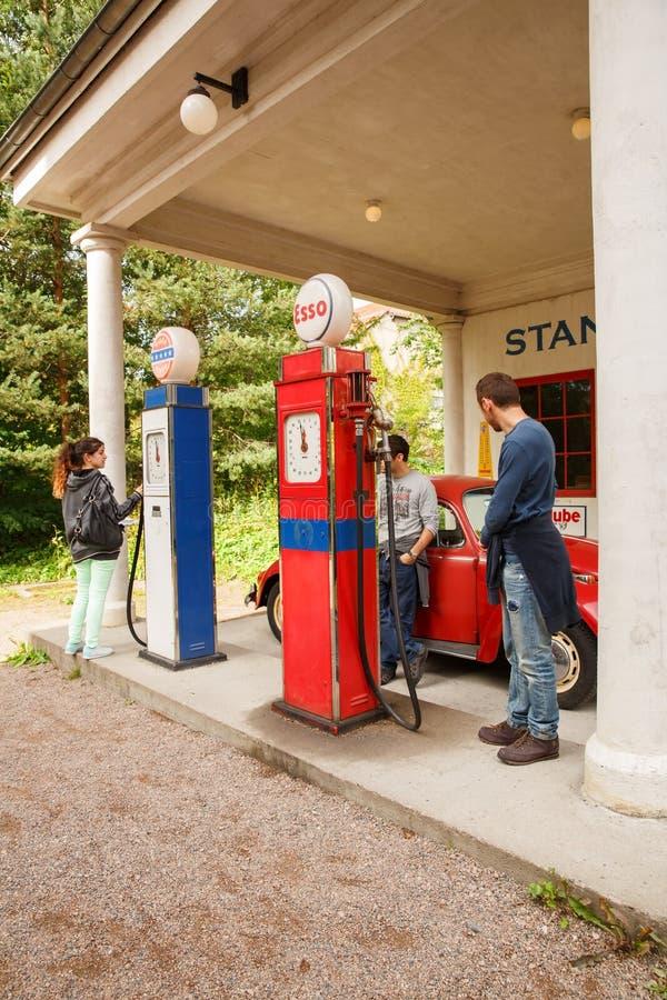 stara stacja benzynowa obrazy royalty free