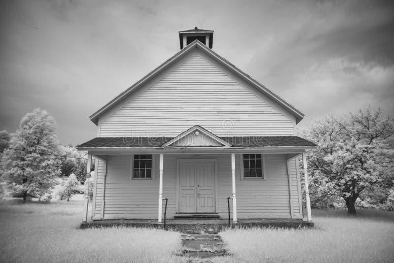 Stara Szkoła dom w Infrared fotografia royalty free
