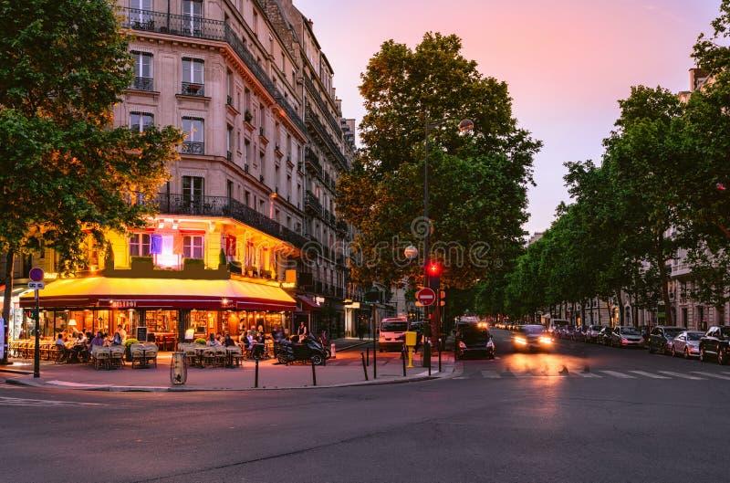 Stara ulica w Paryż, Francja zdjęcie royalty free