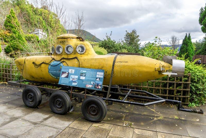 Stara Viperfish łódź podwodna przy wejściem Loch Ness gościa Centre, Szkocja zdjęcia royalty free