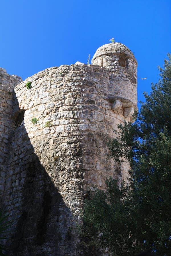 Stara wieża obserwacyjna w cytadeli Budva, Montenegro fotografia stock