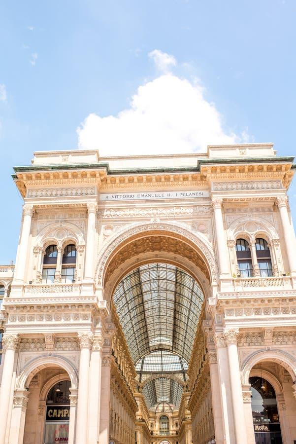 Stara zakupy galeria w Mediolan obrazy royalty free