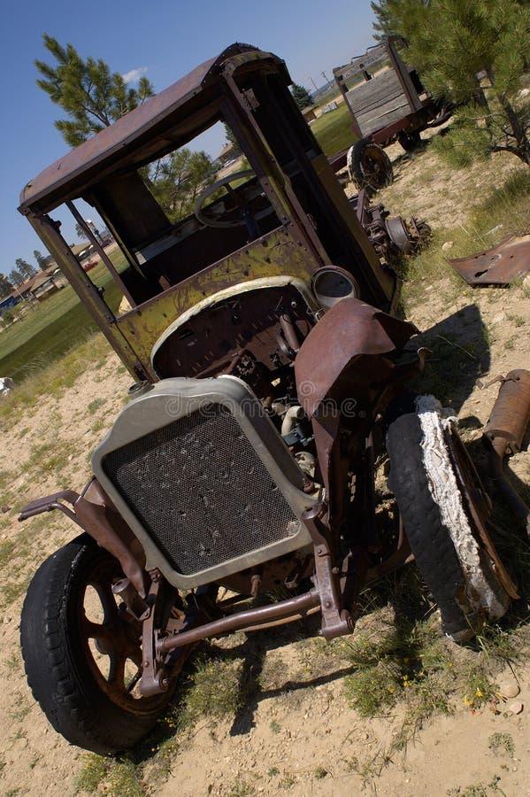 stara zardzewiała ciężarówka. zdjęcia royalty free