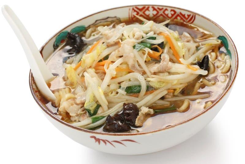 Starchy japoneses ramen macarronetes, alimento japonês imagem de stock