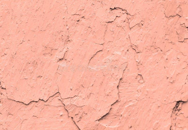 Stare betonowe koralowe ściany z pęknięcia tłem malują, odbitkowy spase obrazy stock