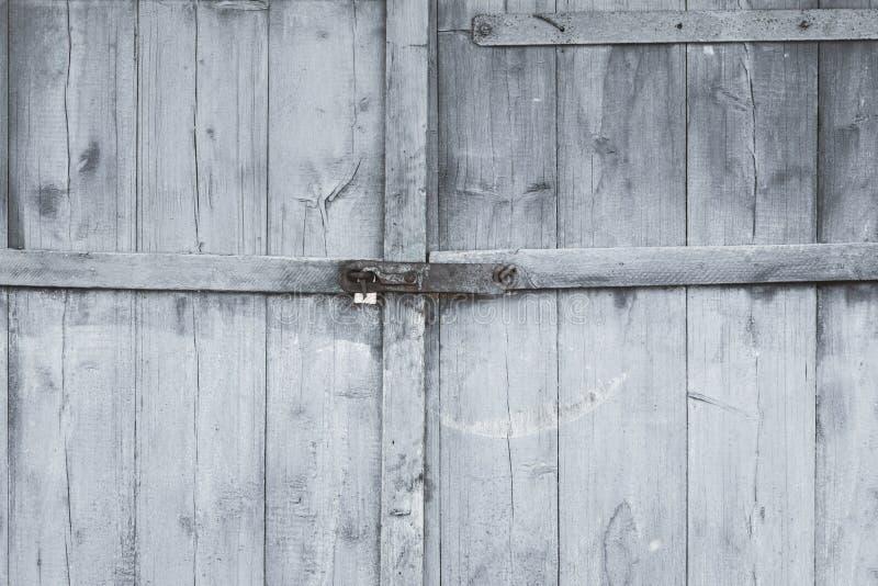 stare drzwi farba prawie pójść tam jest zaparcie tam tonuje obrazy royalty free