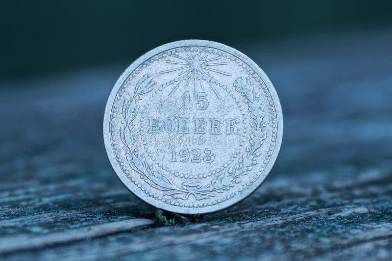 Stare sowieckie srebnej monety piętnaście kopiejki na szarość stole obrazy stock