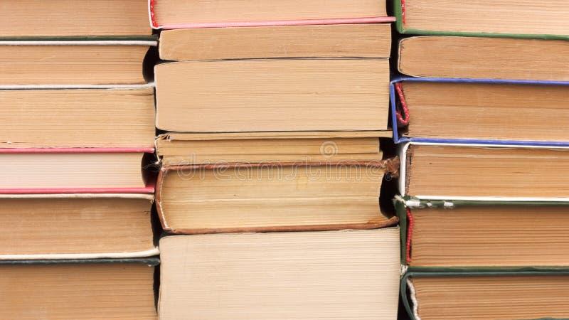 stare stosu książek Tło trzy stosu książki obraz stock