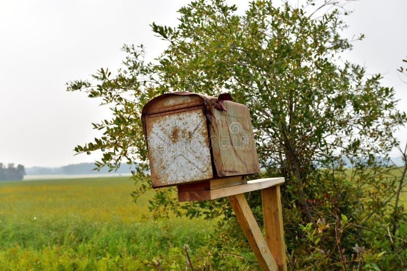 Stare Wiejskie skrzynki pocztowa obrazy stock