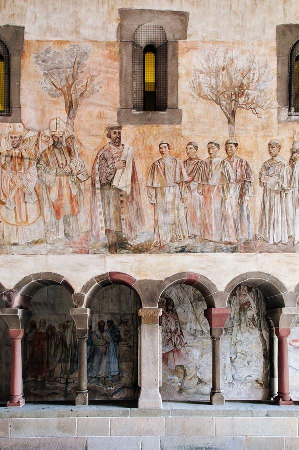 Starego łękowatego sala fresku ścienny obraz Fraumunster kościół w Zurich Stary grodzki Altstadt zdjęcia stock