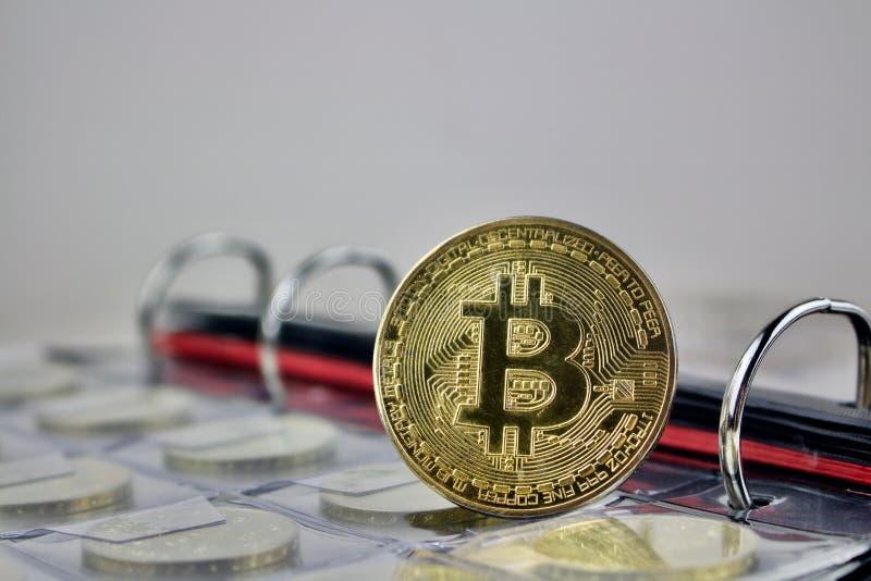 Starego bitcoin złocista moneta obraz stock