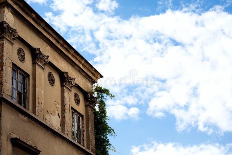 Starego budynku szczegółu Architektoniczny tło - Europa Destinatio fotografia stock