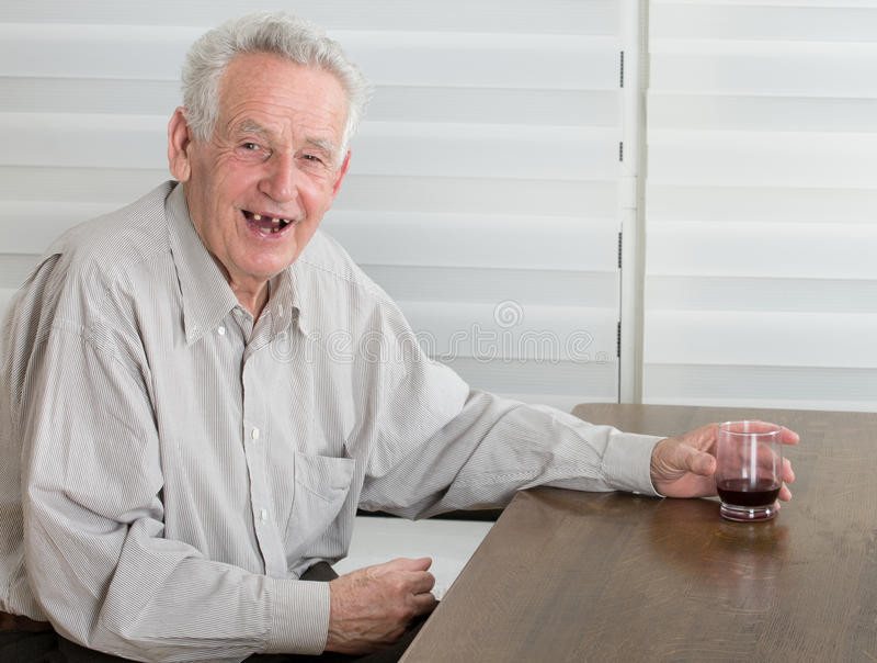 Starego człowieka śmiać się fotografia royalty free