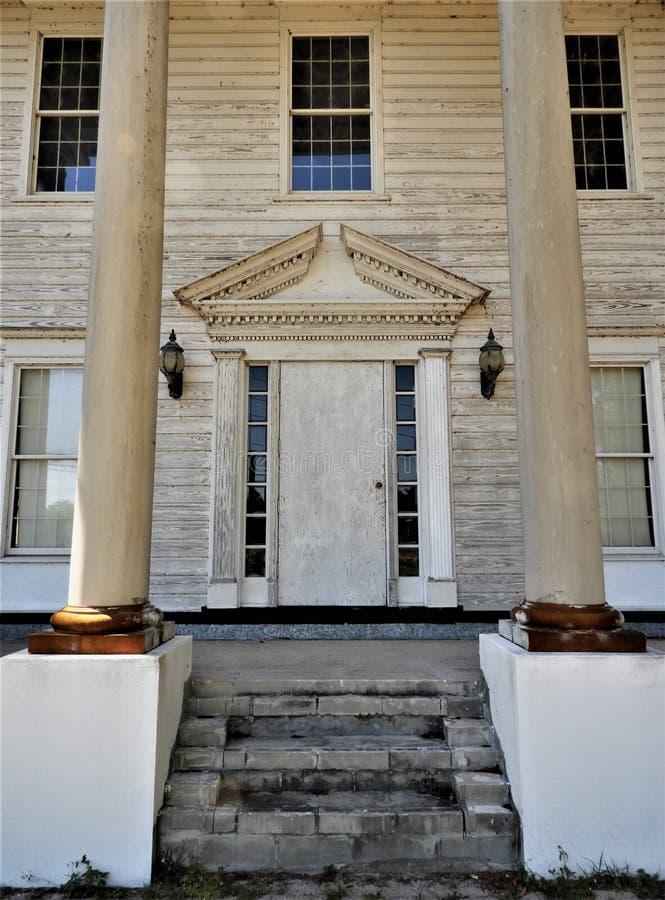 Starego historycznego zaniechanego plantacja stylu południowy dom w Brooksville FL zdjęcia royalty free