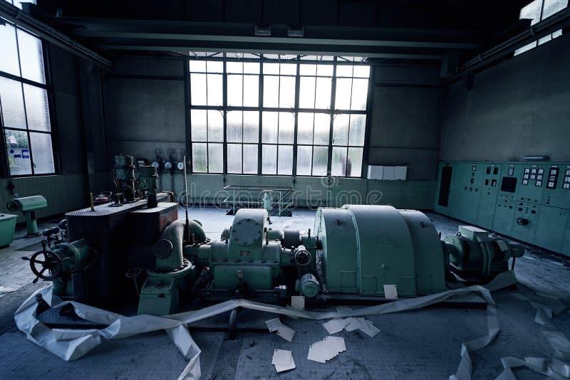 Starego przegranego abandonend budynku przemysłowa fabryczna elektrownia zdjęcie royalty free