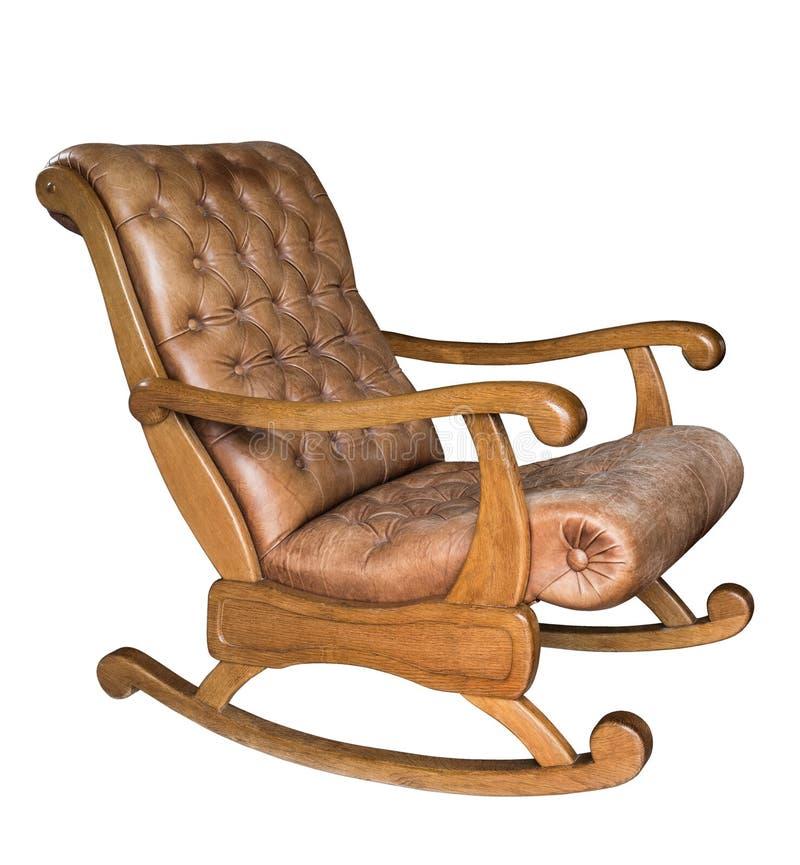 Starego rocznika drewniany kołysa krzesło odizolowywający na białym tle prawdziwa skóra obrazy royalty free