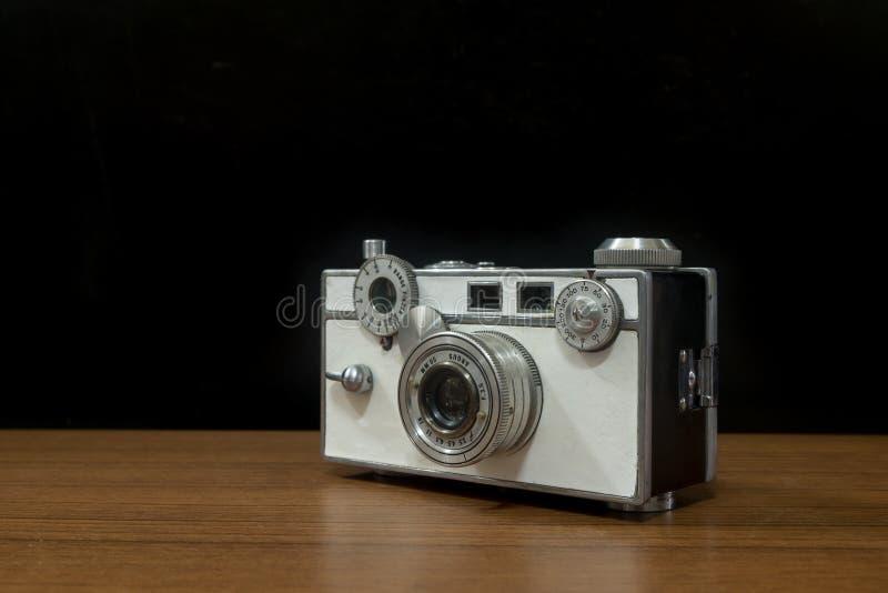 Starego rocznika Rangefinder Amerykańska kamera Dzwonił Argus C2 Także Zna Jak «Ceglany «używa z 135mm filmem fotografia stock