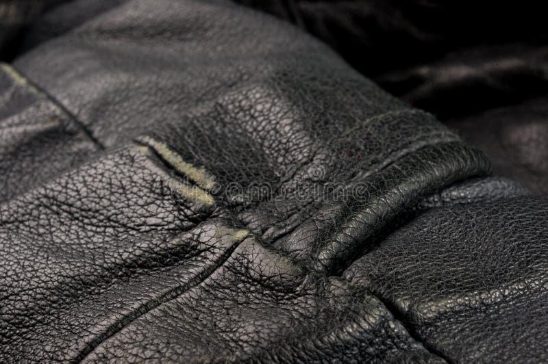 Starego rocznika tekstury prawdziwy mi?kki czarny rzemienny t?o, odg?rna warstwa z pores i narysy, makro-, w g?r? fotografia royalty free