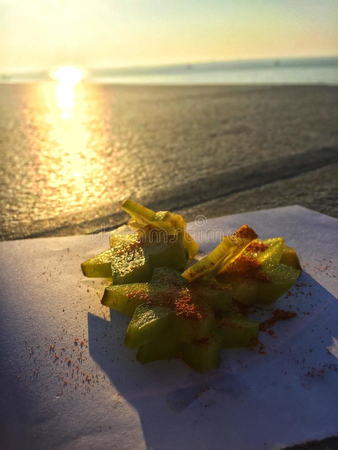 Starfruit y el Sun foto de archivo