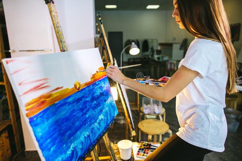 Stark önska för hobby eller för jobb som skapar skönhet royaltyfri foto