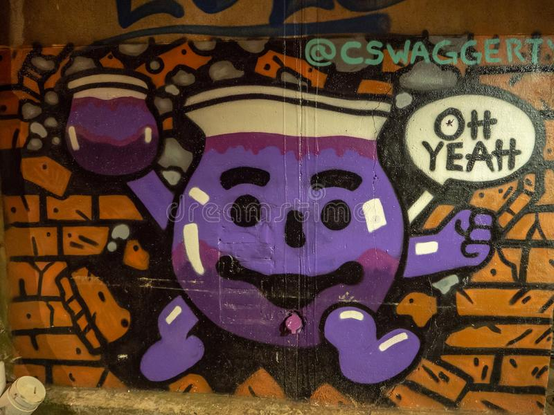 Stark konst för gataljus och grafitti, Knoxville, Tennessee, Amerikas förenta stater: [Uteliv i mitten av K royaltyfri bild