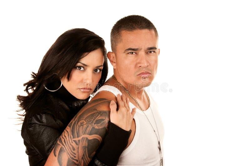 Starke hispanische Paare stockfotografie