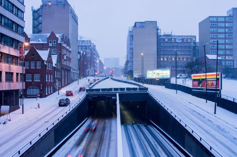 Starke Schneefälle in Birmingham, Vereinigtes Königreich stockbilder