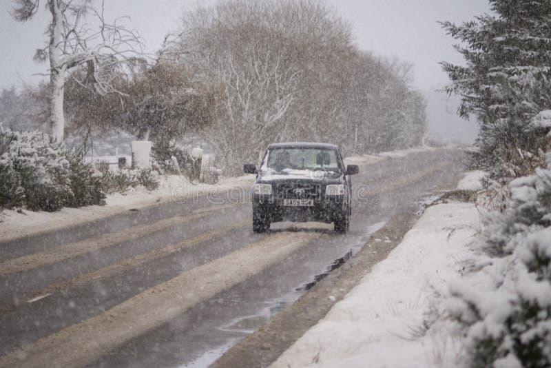 Starke Schneefälle in den schottischen Hochländern lizenzfreie stockbilder