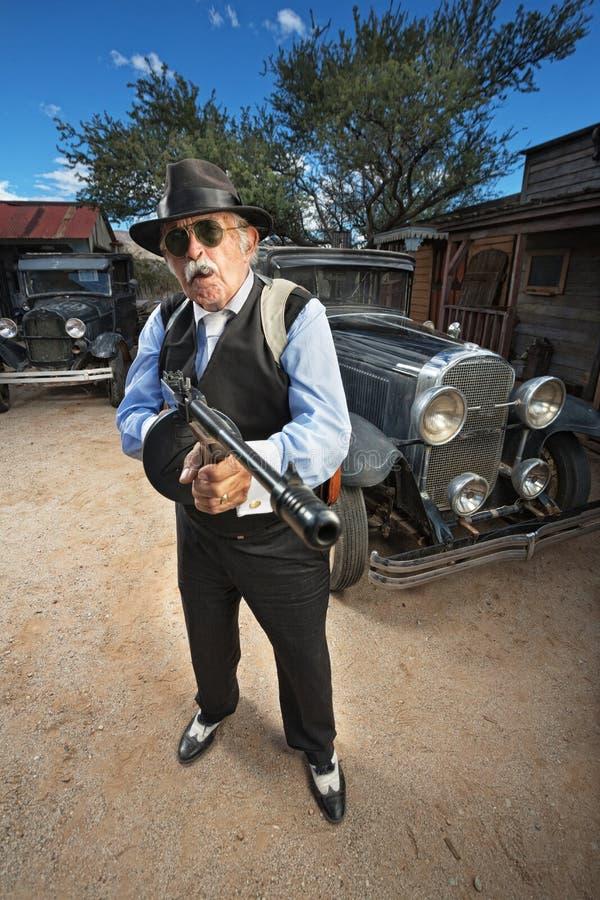 Starker reifer Gangster lizenzfreie stockbilder