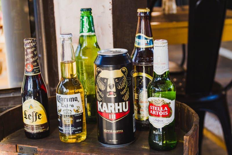 Serveras kyld som avec eller används som drinkingrediens.