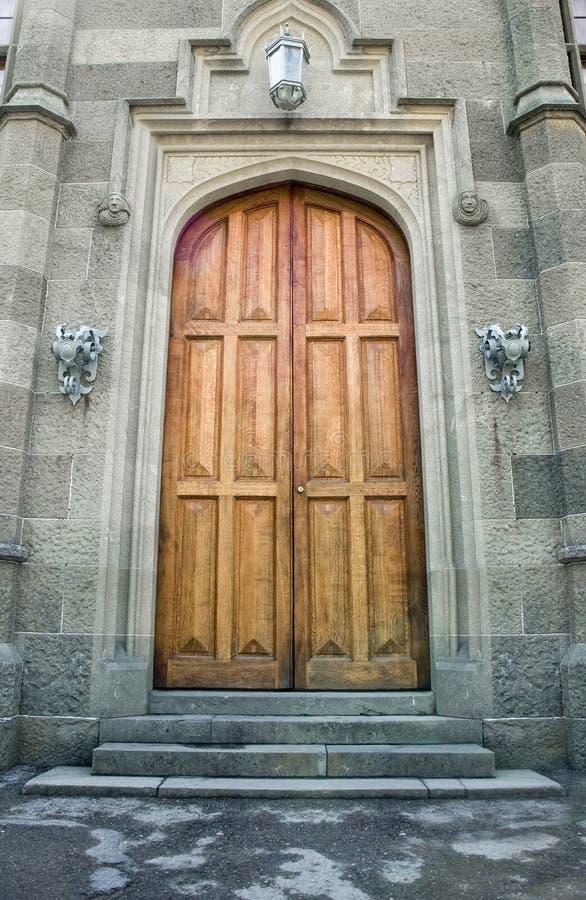 starożytni grodowi drewniane drzwi zdjęcie royalty free