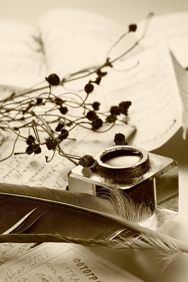 starożytni tło listy. fotografia stock