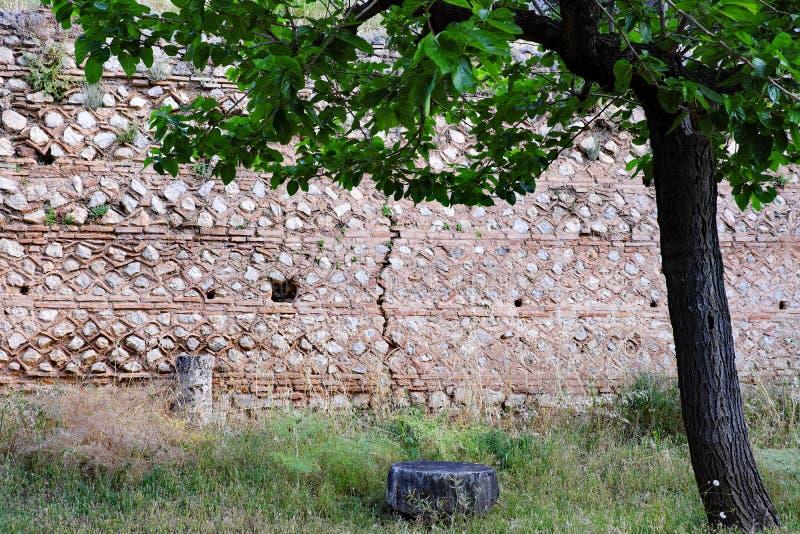 Starożytny Grek Kamiennej ściany ruiny, Delphi, Grecja obraz royalty free