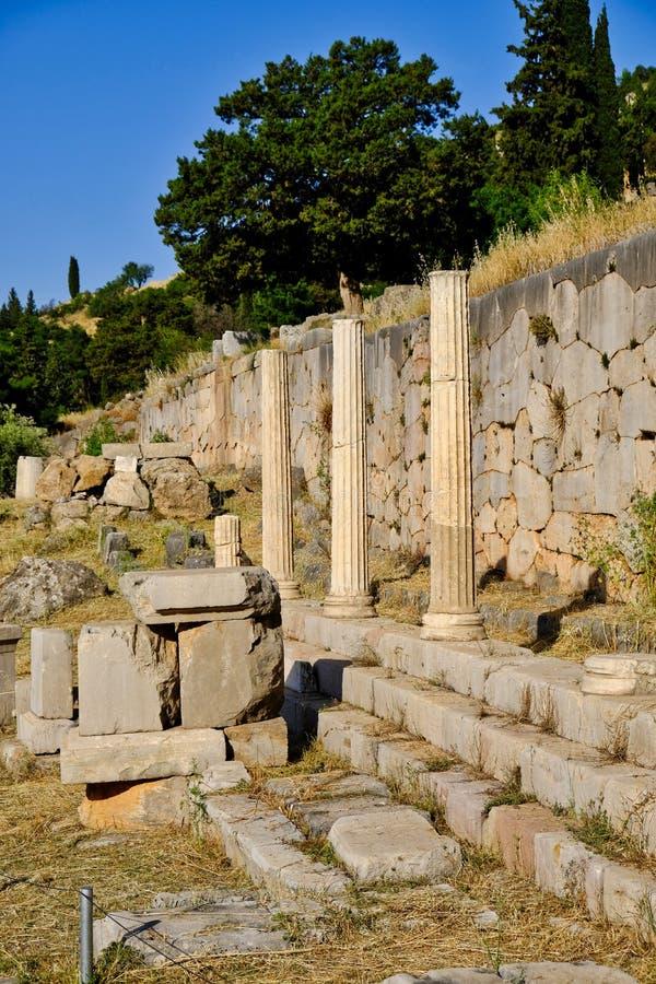Starożytny Grek ruiny, Święty sposób, Sancuary Apollo, Delphi, Grecja fotografia royalty free