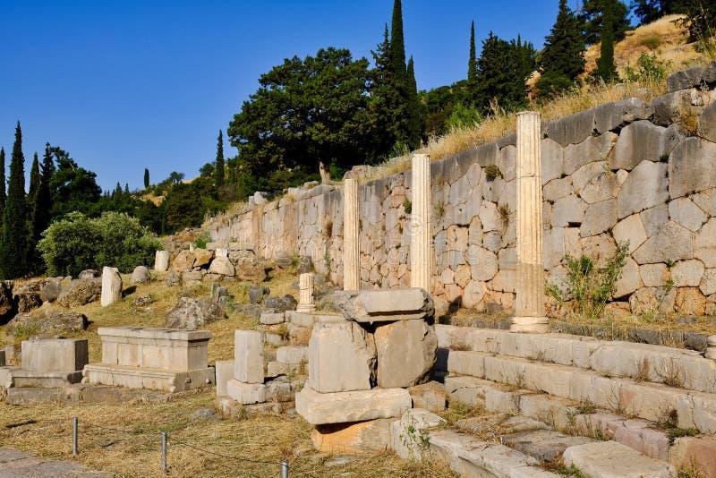 Starożytny Grek ruiny, Święty sposób, Sancuary Apollo, Delphi, Grecja zdjęcie royalty free