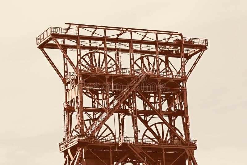 starożytny szybu wieży obrazy stock