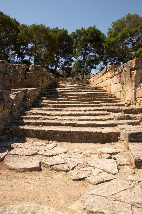 Download Starożytni kroków zdjęcie stock. Obraz złożonej z kamień - 35334
