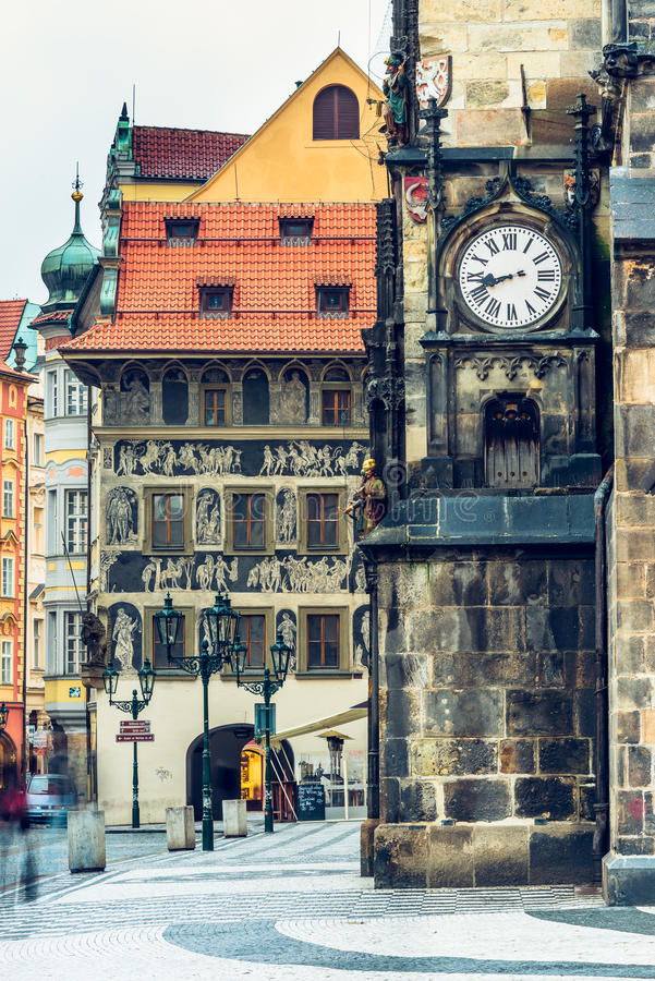 Staromestske namesti和老城镇厅墙壁在布拉格,捷克语 免版税库存照片