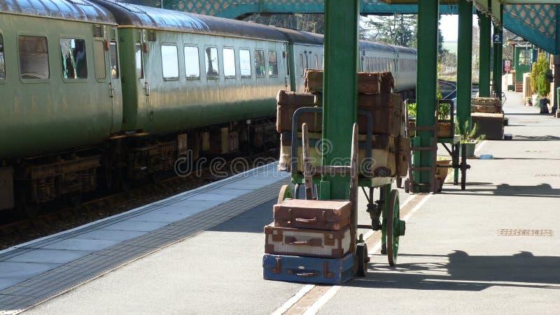 Staromodna stacja kolejowa w UK zdjęcie stock