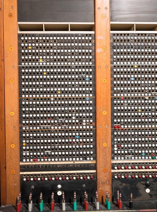Staromodny telefoniczny switchboard zdjęcia royalty free