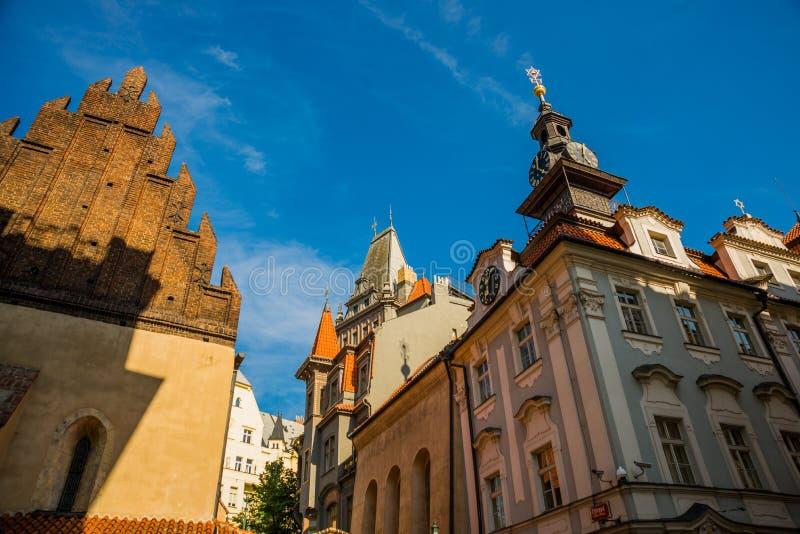Staronovasynagoga De oude nieuwe synagoge in Praag in de Tsjechische Republiek Het Joodse kwart van Praag stock foto