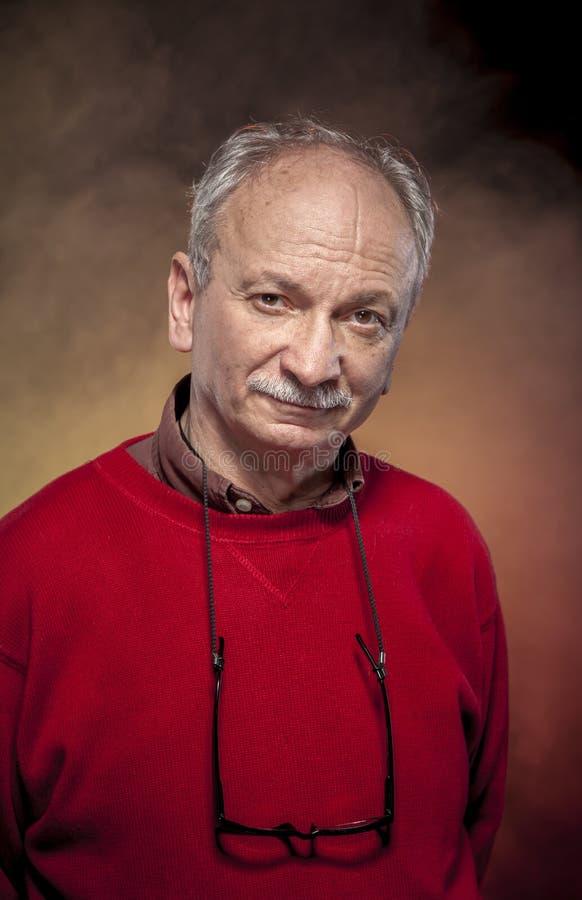 starsza osoba mężczyzna zdjęcie royalty free