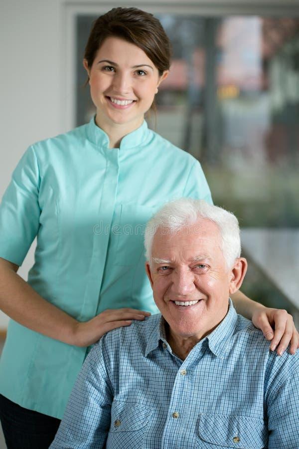 Starszy mężczyzna potrzebuje opieki społecznej usługa obraz stock