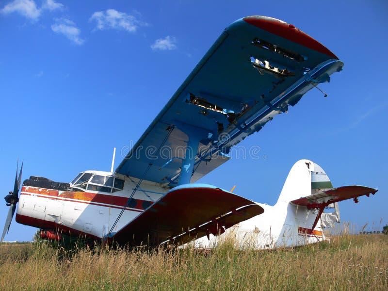 starszy rocznik samolot rozbity zdjęcie royalty free