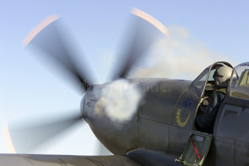 Download Start redaktionell fotografering för bildbyråer. Bild av airshow - 37347149