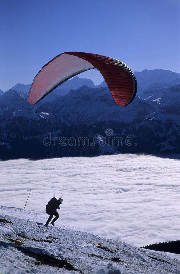 starta för paraglider royaltyfri fotografi